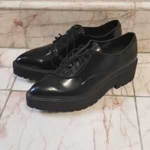 Jeffrey Campbell Pointed Toe Oxford Size 10
